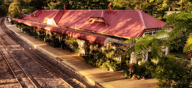 Hotair-Kuranda-Scenic-Railway-Train