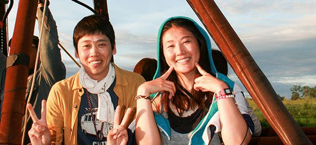 Hot-Air-Balloon-Cairns-Couple-Happy-Time