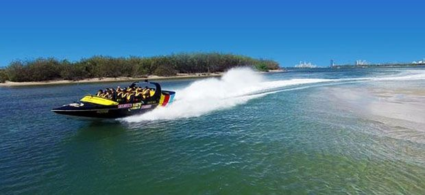 Paradise-Jet-Boats-Gold-Coast-Day-Tour